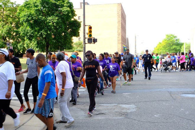 Supporters headed east on Cass Avenue in New Center for Detroit Lupus Sixth Annual Walk.