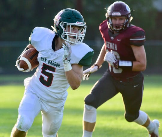 Clay Schulte rushed for one touchdown and caught 10 passes for Oak Harbor.