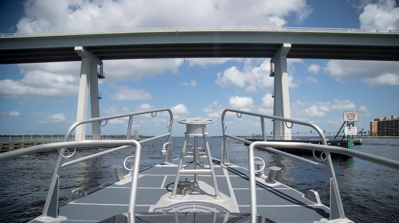 Florida Algae Crisis Sanibel Causeway