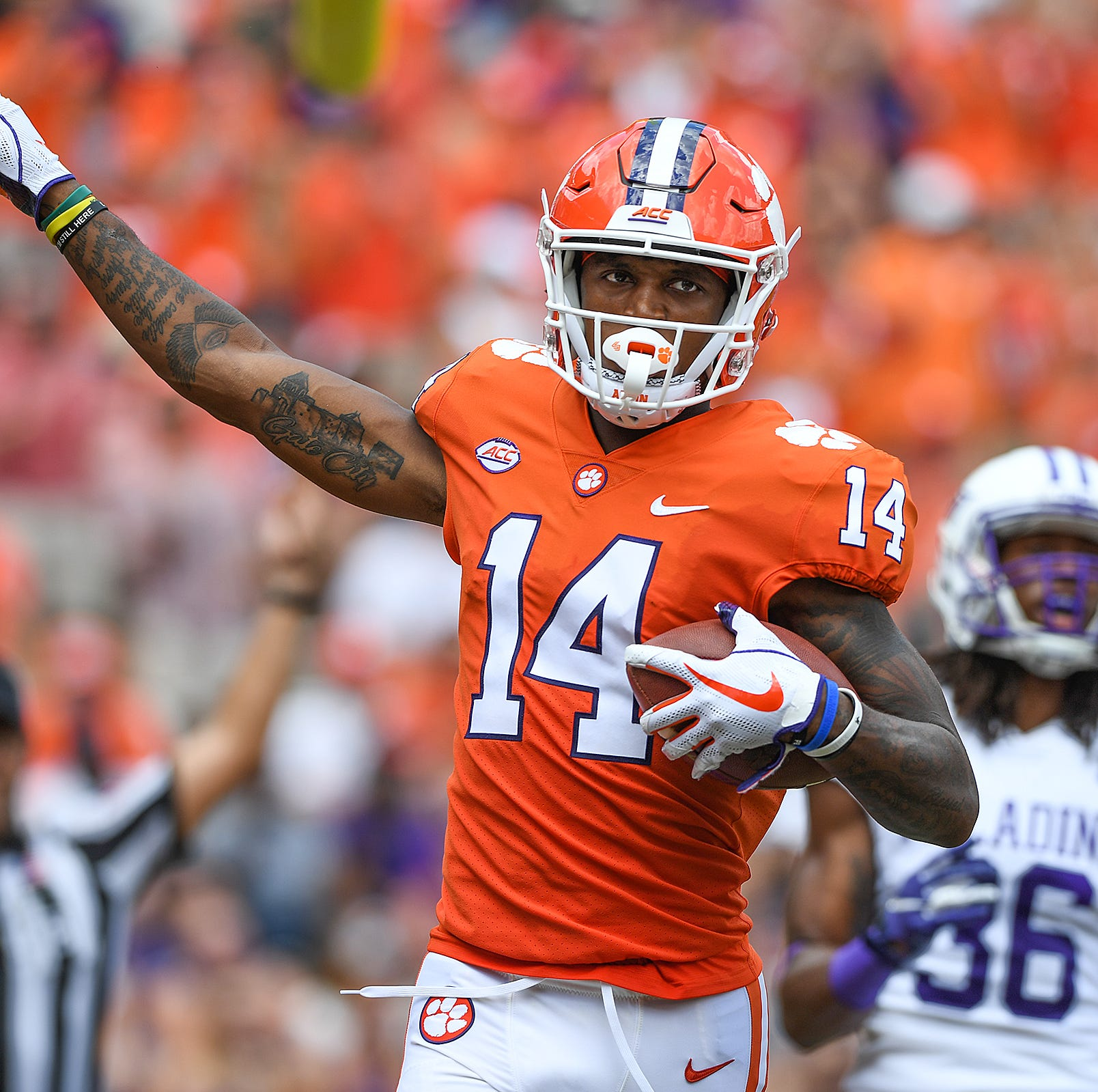 Clemson football's Diondre Overton among candidates to replace injured Amari Rodgers