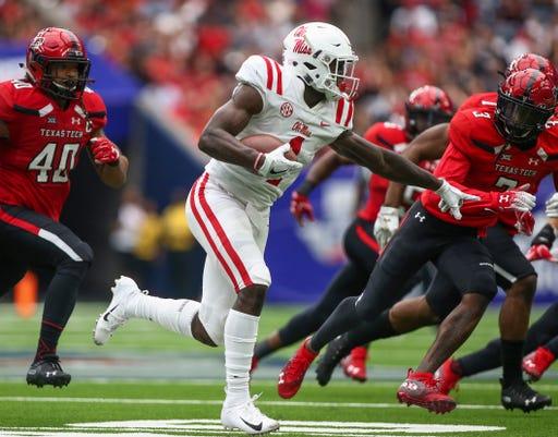Ncaa Football Mississippi At Texas Tech