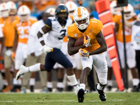 Tennessee wide receiver Marquez Callaway (1) runs down the field during the Tennessee Volunteers' game against West Virginia in the Belk College Kickoff at Bank of America Stadium in Charlotte, N.C., on Saturday, Sept. 1, 2018.
