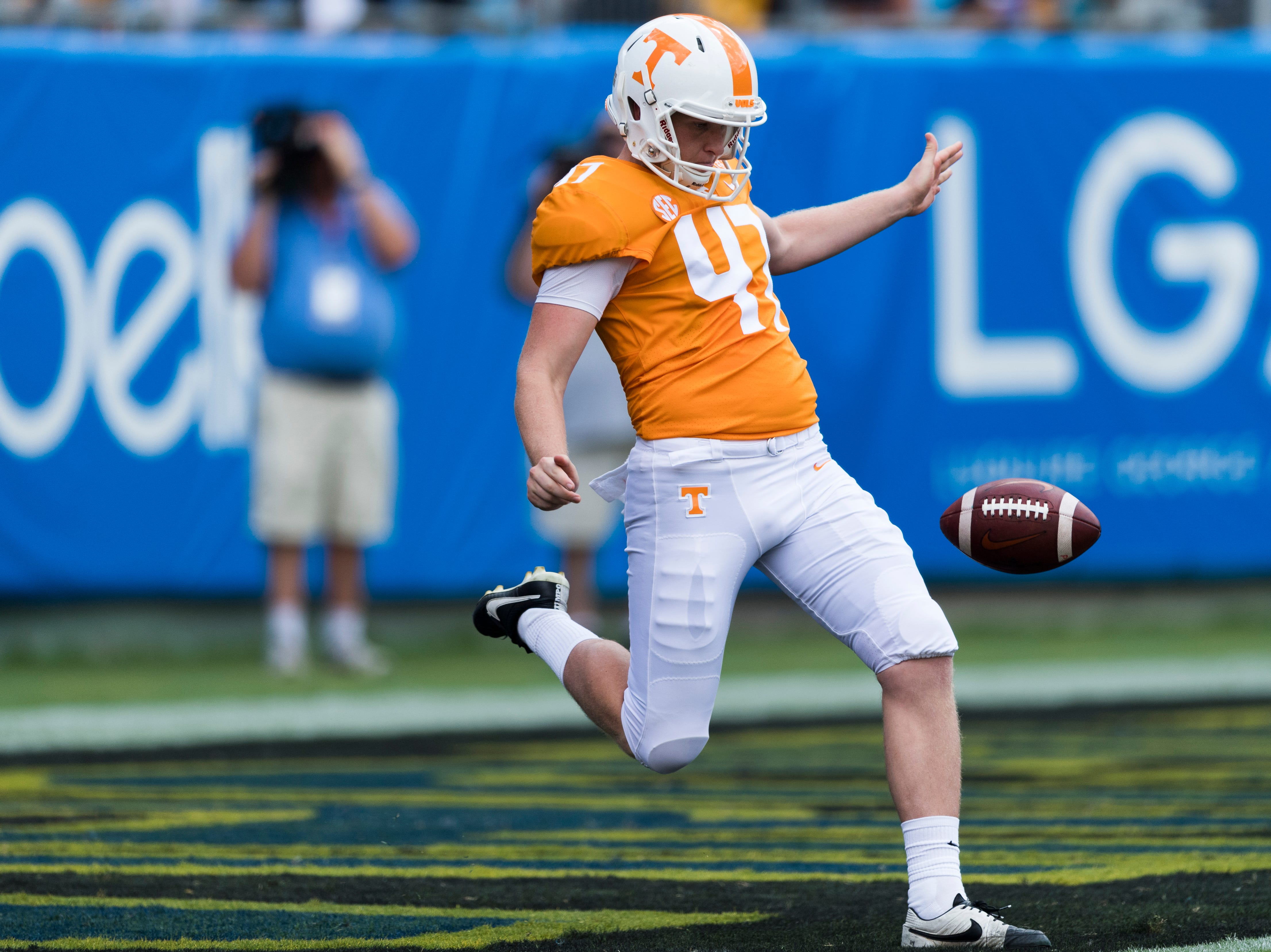 How Joe Doyle went from 'ain't no way' to breakout punter for UT Vols | USA TODAY Sports