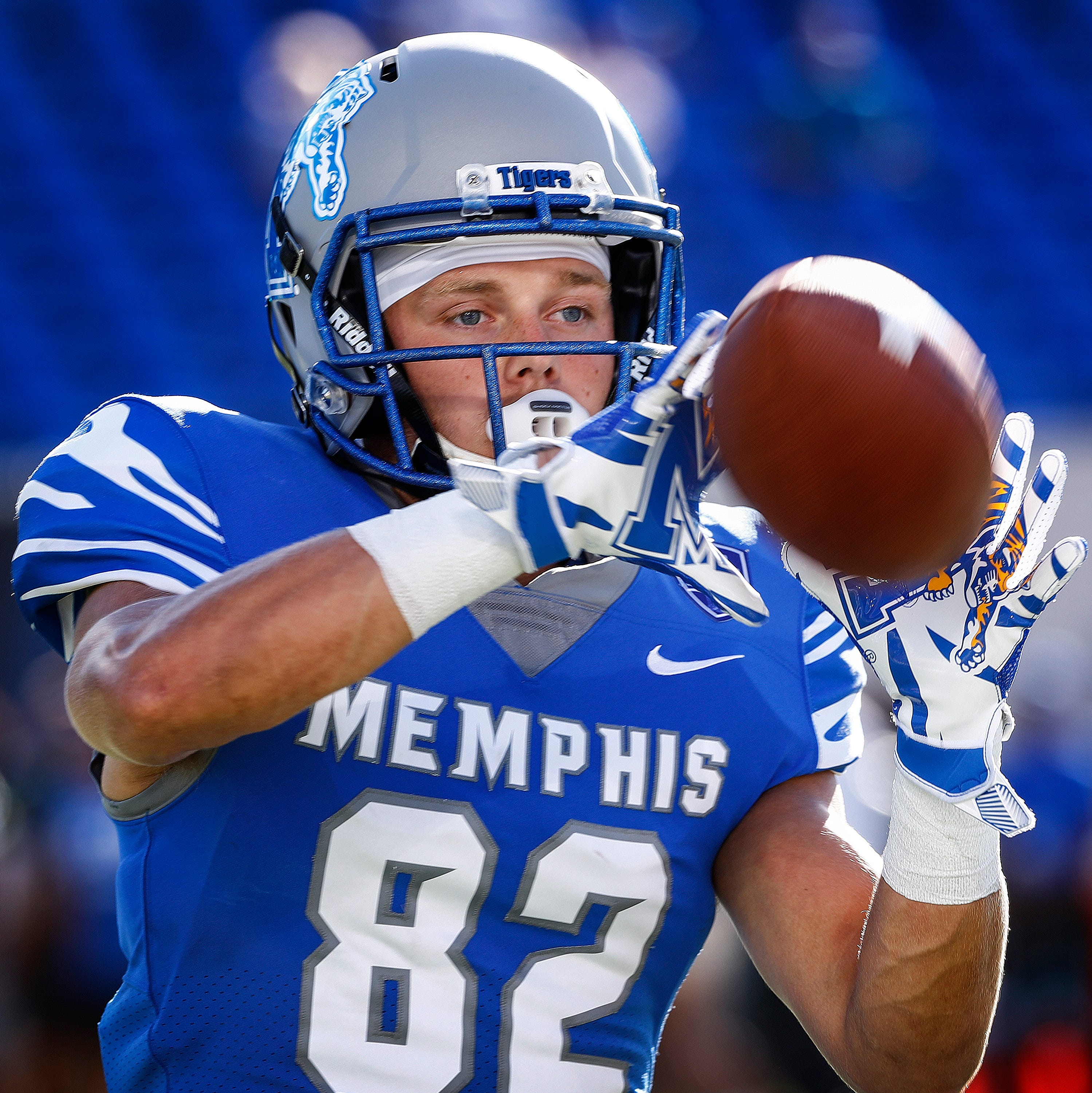 Memphis football receiver says he's leaving because Mike Norvell pulled his scholarship