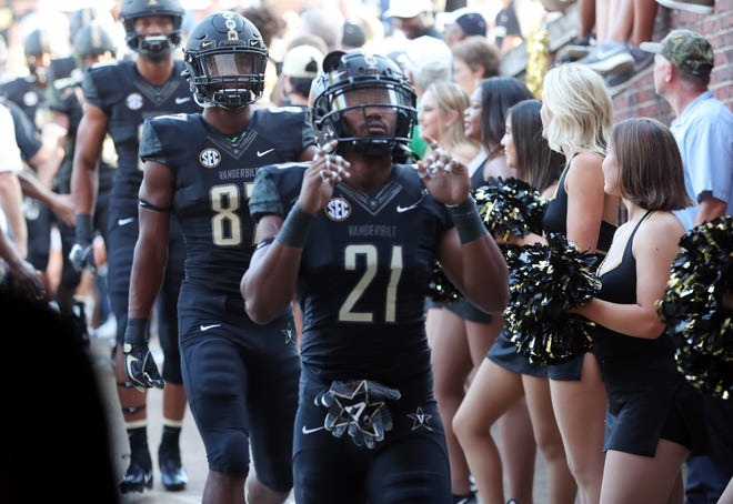 Vanderbilt faces Arkansas on Saturday, with both programs in search of their first conference win of the season.
