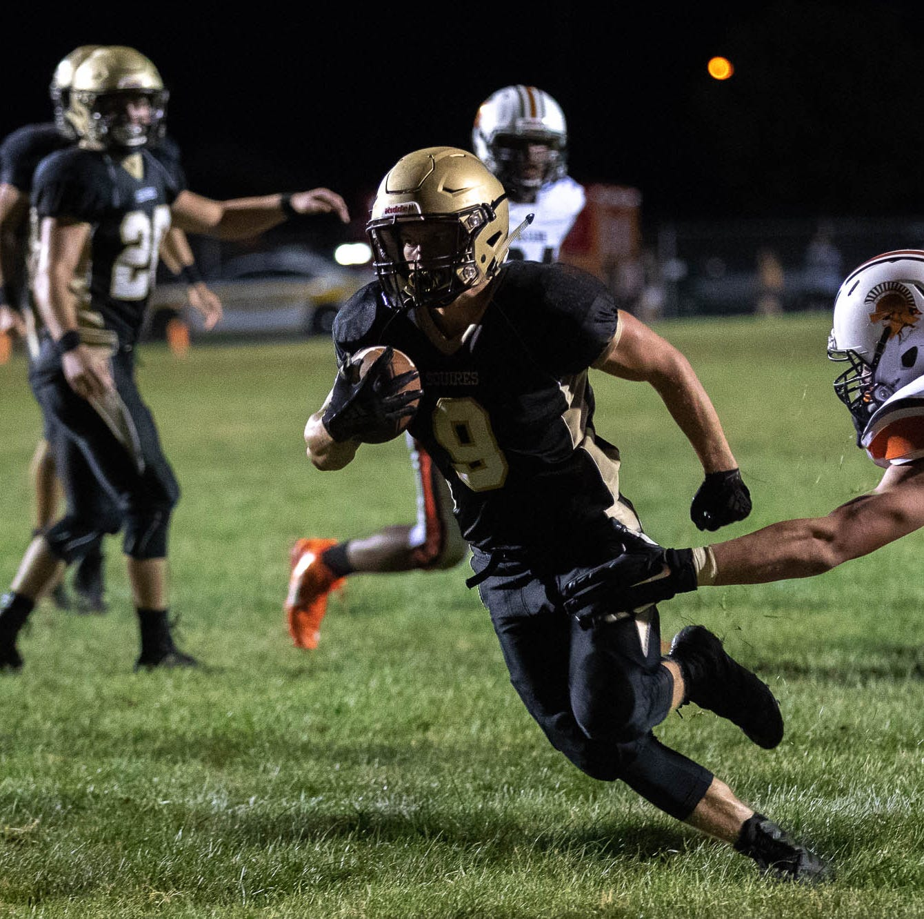 Delone Catholic boasts highest scoring offense in state behind trio of rushers