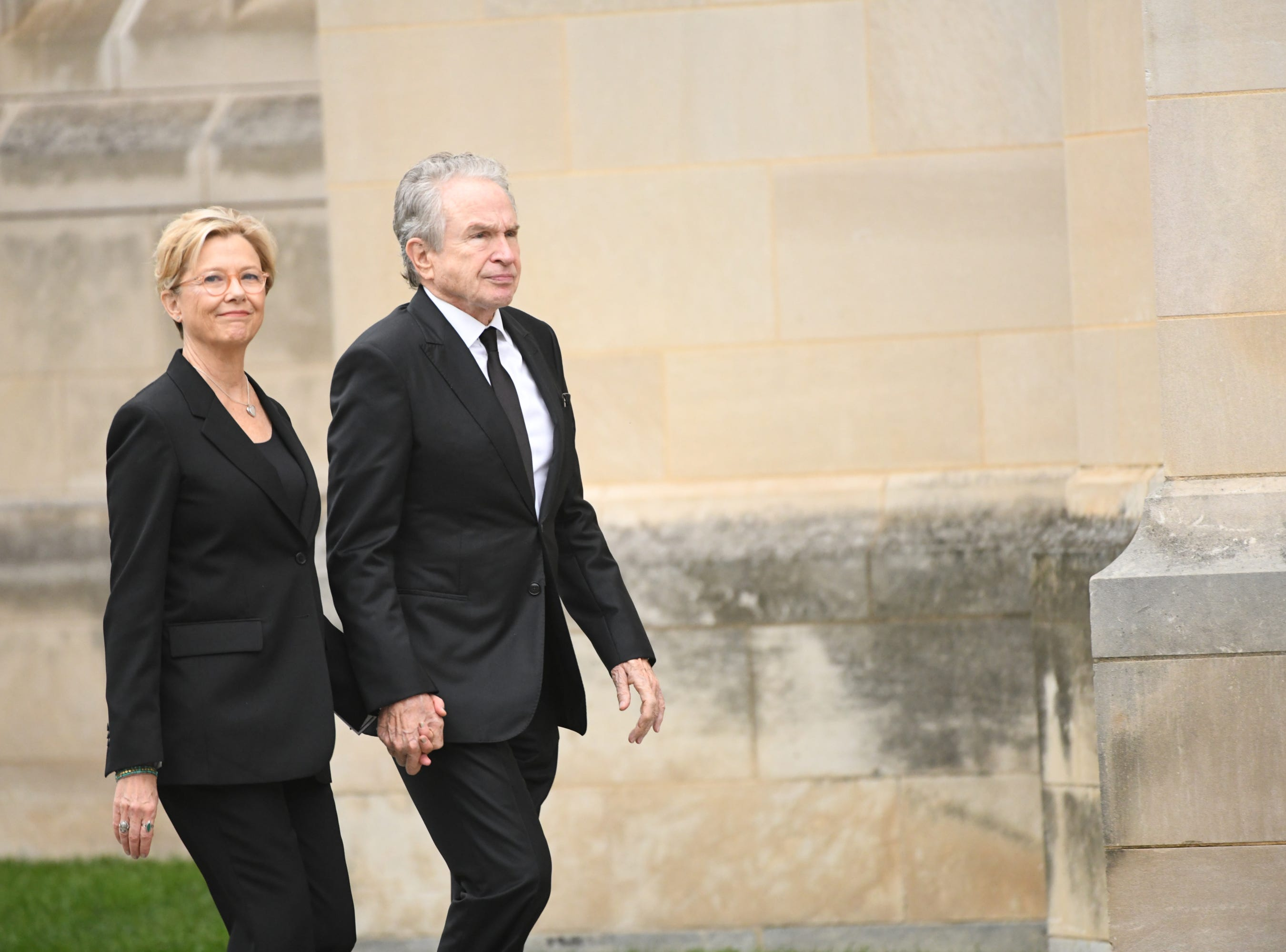 Warren Beatty and Annette Bening arrive at the National Cathedral in Washington for a memorial service for John McCain on Sept. 1, 2018. Sen. McCain on Aug. 25.
