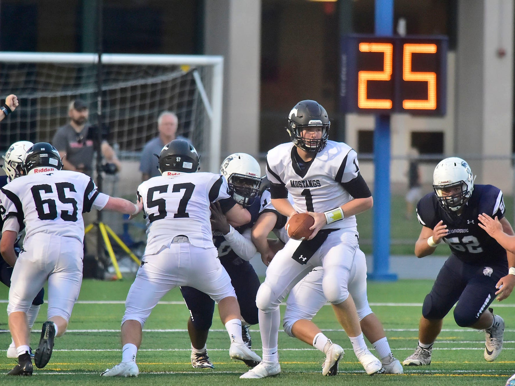 South Western quarterback Derek Huff scrambles for yards. Chambersburg routed South Western 51-26 in football on Friday, Aug. 31, 2018.