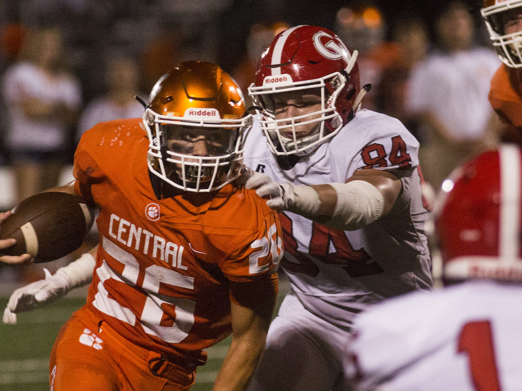 Central York's Hunter Werner runs the ball. Central York defeats Cumberland Valley 31-14 in football at Central York High School in Springettsbury Township, Friday, August 31, 2018.