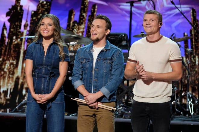 "AMERICA'S GOT TALENT --  ""Live Quarter Finals 1"" Episode 1311  -- Pictured: We Three -- (Photo by: Trae Patton/NBC)"
