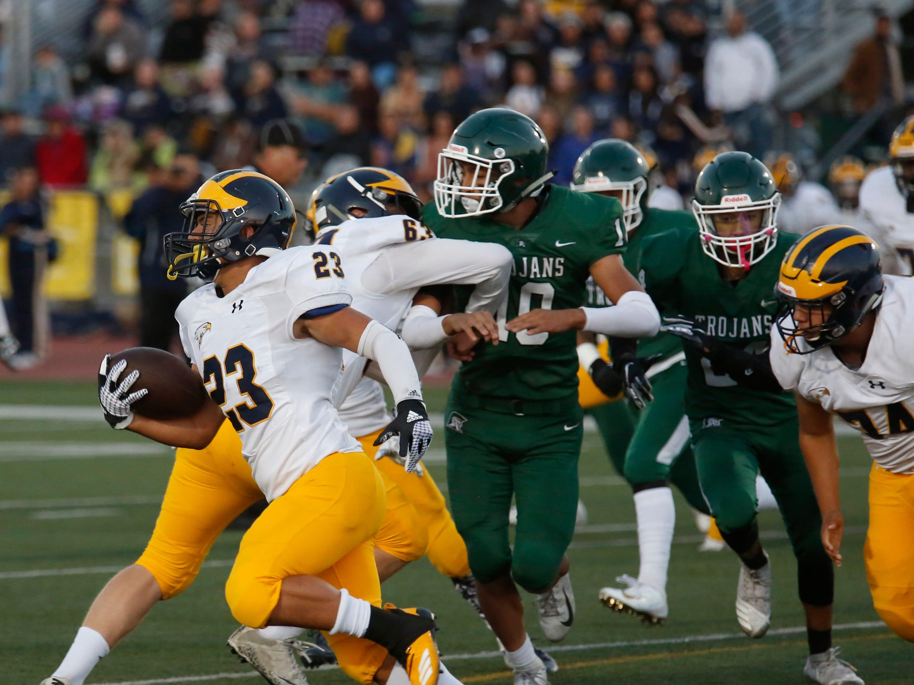 Everett Alvarez's Elijah Alvarez scrambles for yards during football at Alisal High School in Salinas on Friday August 31, 2018. (Photo By David Royal)