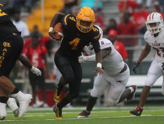 Rickards running back Kelvin Dean rips off a 38-yard touchdown run as Leon beats Rickards 22-21 at Gene Cox Stadium on Friday, Aug. 31, 2018.