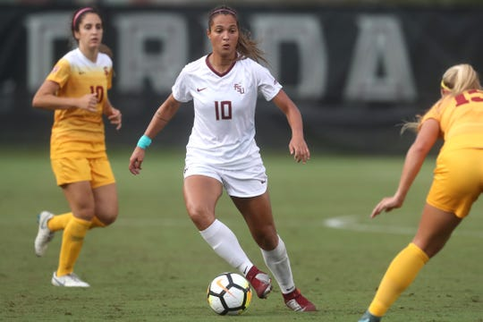 FSU's Deyna Castellanos drives downfield against the University of Southern California during their match at the Seminole Soccer Complex on Friday, Aug. 31, 2018.