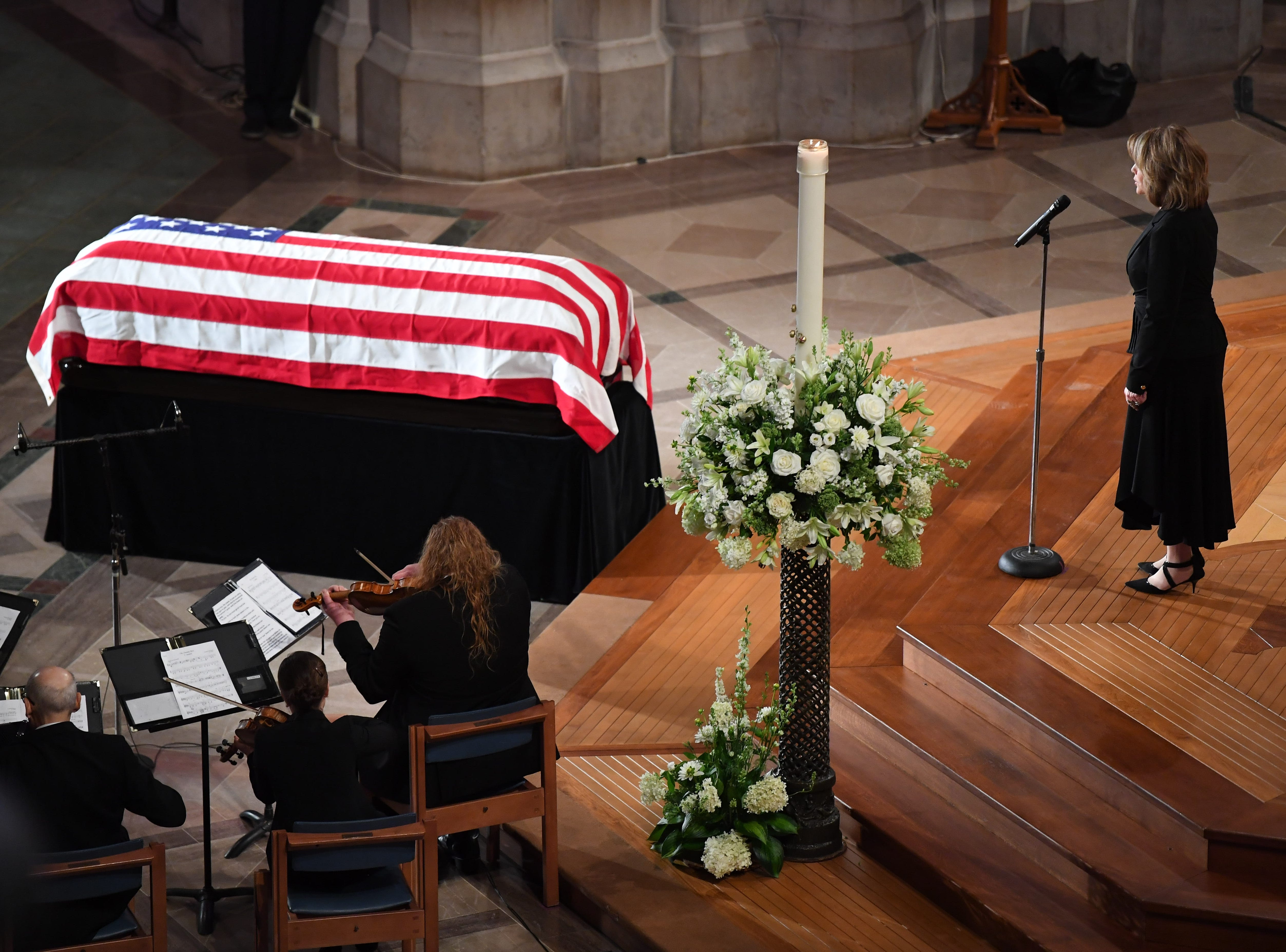 "Soprano Renee Fleming sings ""Danny Boy"" during the memorial service for John McCain at the National Cathedral."