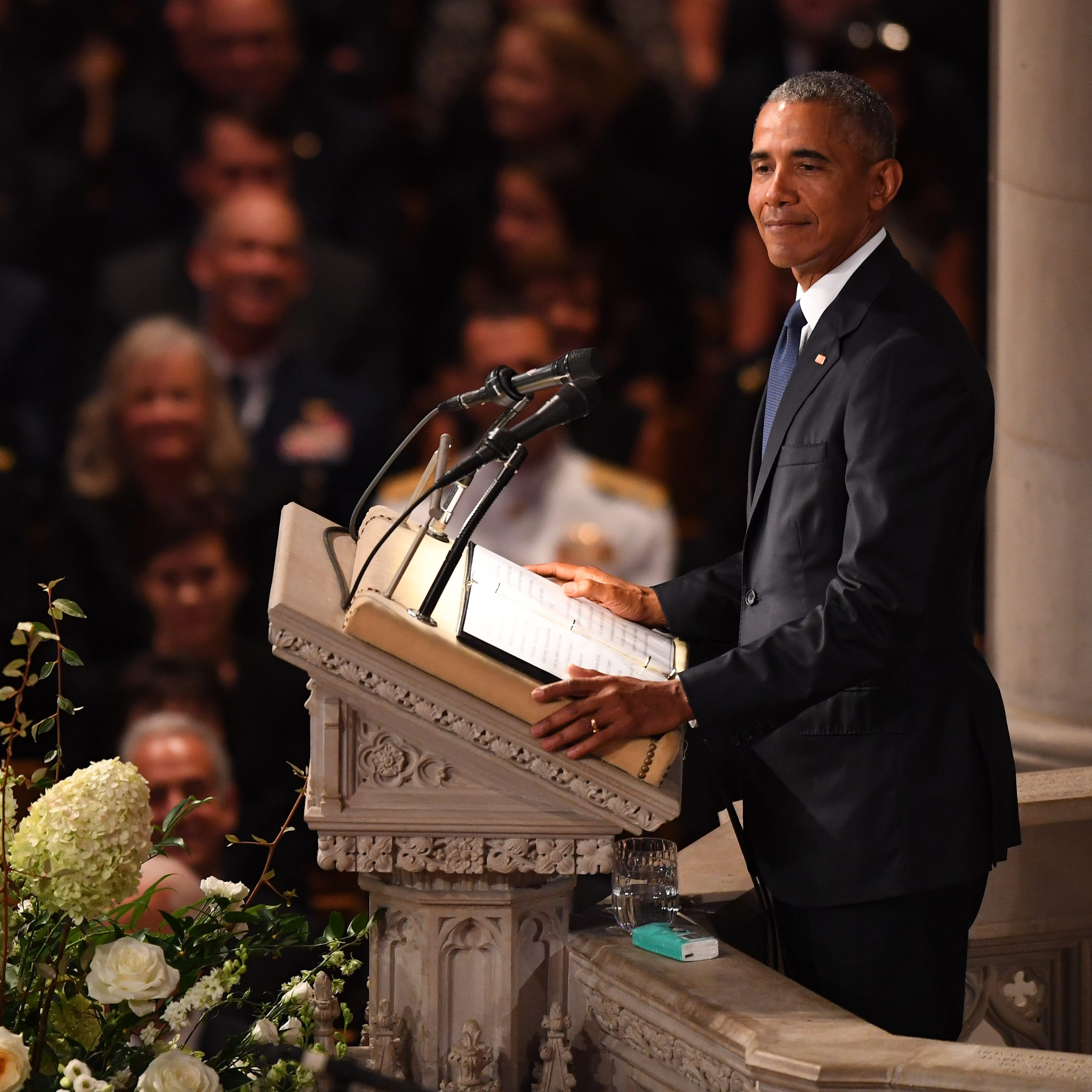 Obama showed Aretha Franklin no disrespect by honoring McCain