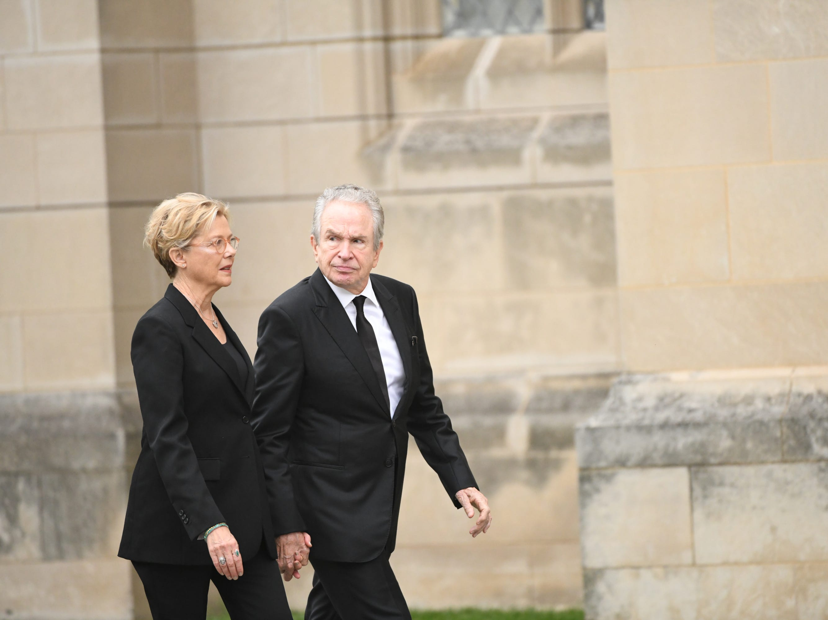 Pallbearer Warren Beatty and his wife Annette Bening arrive at the National Cathedral in Washington for a memorial service for his friend John McCain.