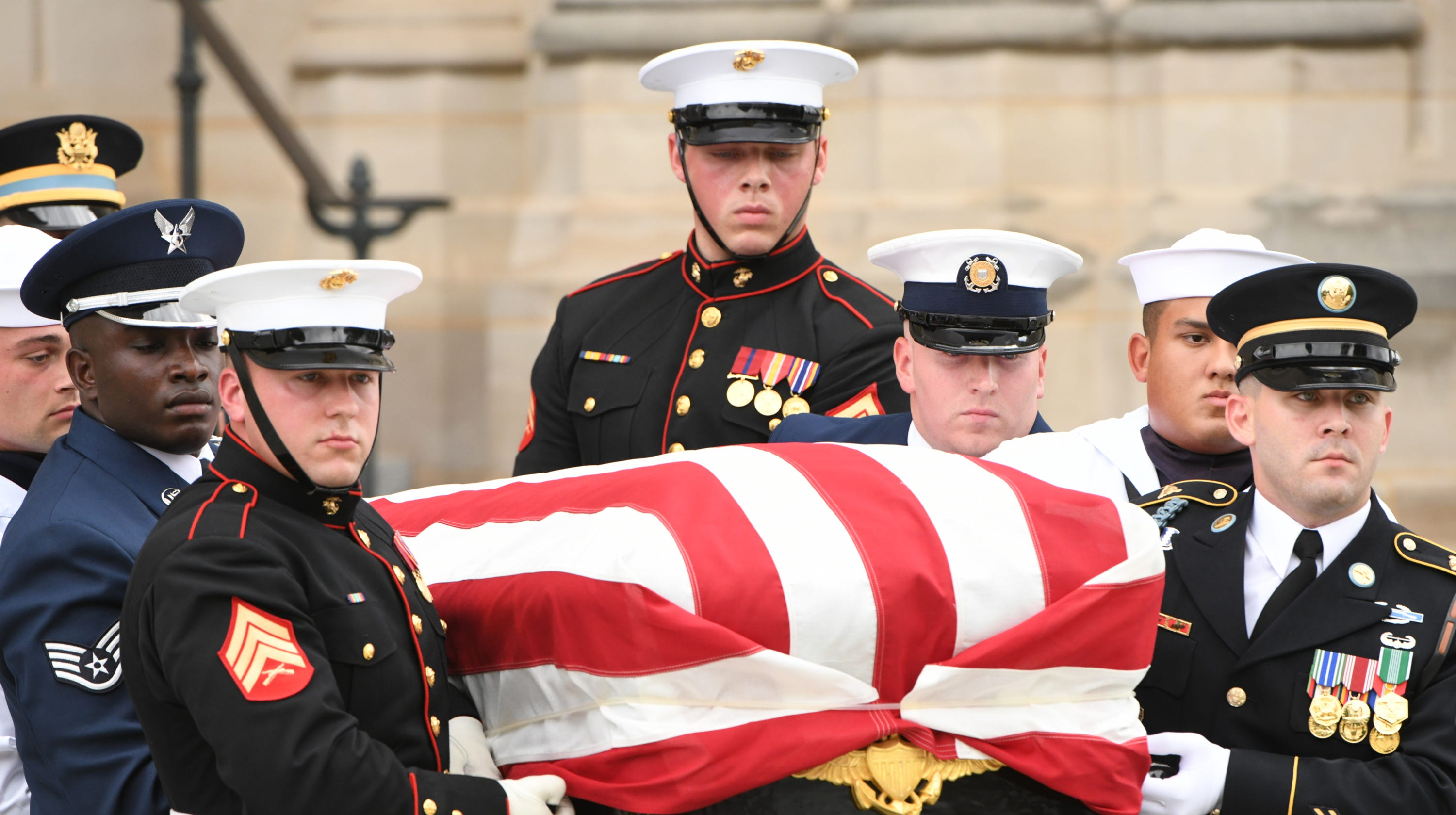 John Mccain Annapolis Maryland Service To Be Held At Naval Academy Andrew Smith Navy Formal Trousers 38