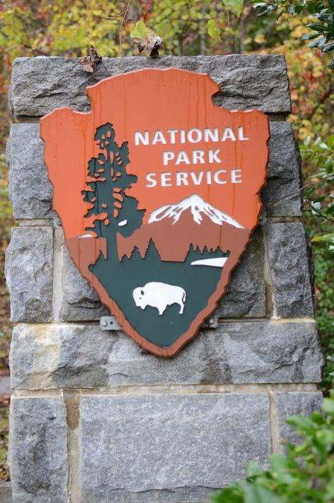 Stock Nationalparkservicesign