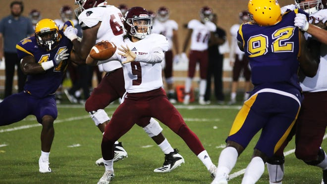 FIT quarterback Trent Chmelik completed 14 of 27 passes for 191 yards.