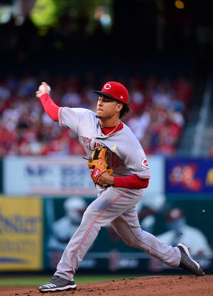 Sep 1, 2018; St. Louis, MO, USA; Cincinnati Reds starting pitcher Luis Castillo (58) pitches during the first inning against the St. Louis Cardinals at Busch Stadium. Mandatory Credit: Jeff Curry-USA TODAY Sports