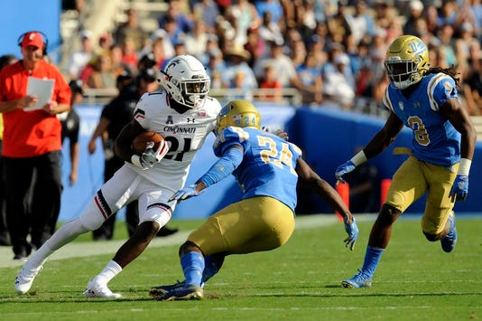 Ncaa Football Cincinnati At Ucla