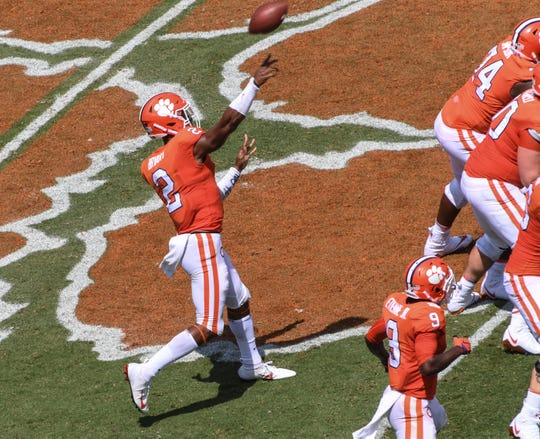 Clemson quarterback Kelly Bryant (2) passes to receiver Amari Rodgers for a touchdown during the first quarter in Memorial Stadium in Clemson on September 1.