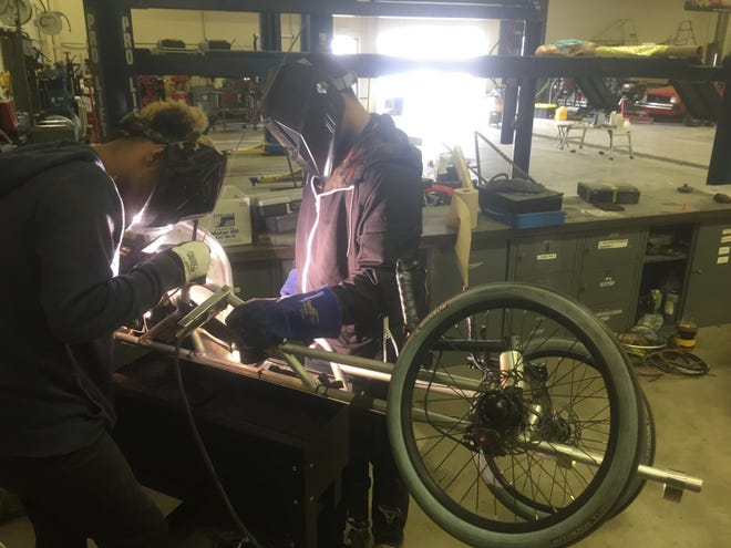Jefferson High School's high mileage class teaches students to build a vehicle that can be as fuel efficient as possible.