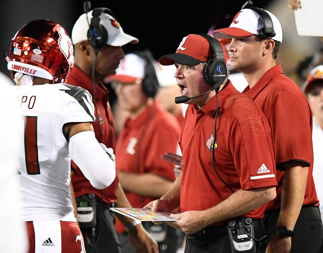 Louisville head coach Bobby Petrino coaches against Alabama In first half action of the Camping World Kickoff at Camping World Stadium in Orlando, Fla., on Saturday September 1, 2018.