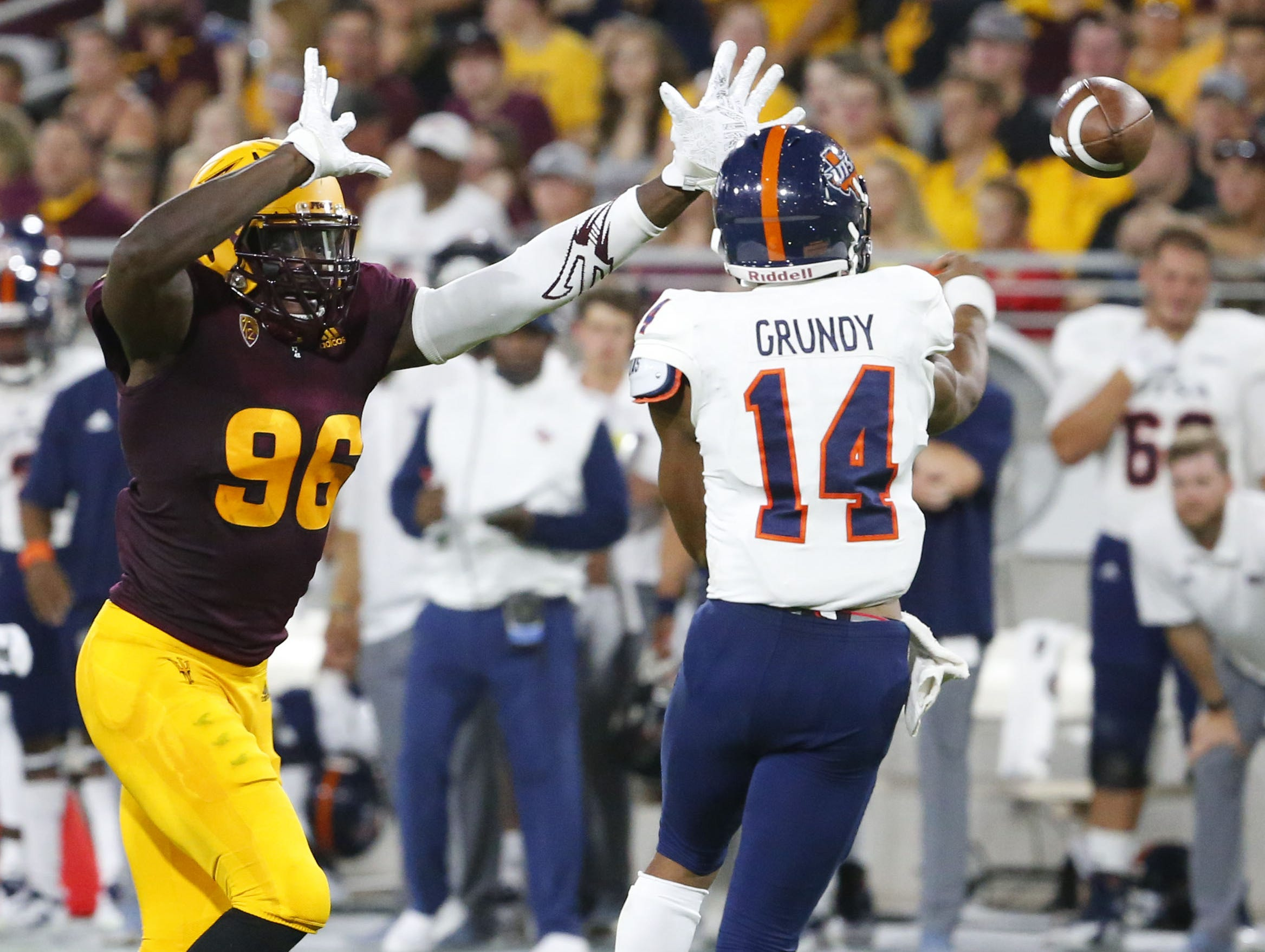 Arizona State Sun Devils defensive lineman Jalen Bates (96) attempts to block UTSA Roadrunners quarterback Cordale Grundy (14) pass during a football game at Sun Devil Stadium in Tempe on September 1, 2018.