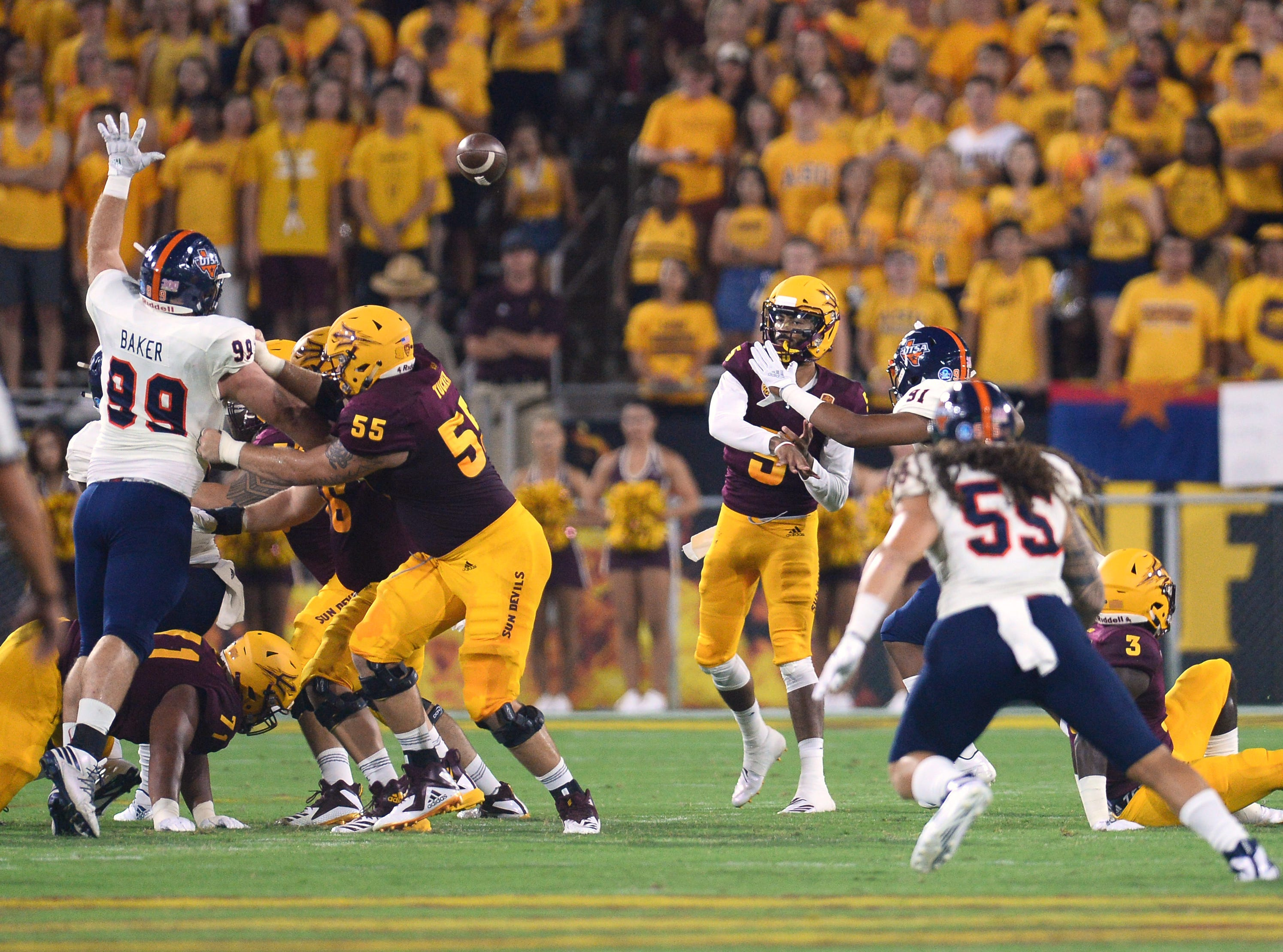 Sep 1, 2018; Tempe, AZ, USA; Arizona State Sun Devils quarterback Manny Wilkins (5) throws a pass against the UTSA Roadrunners during the first half at Sun Devil Stadium.