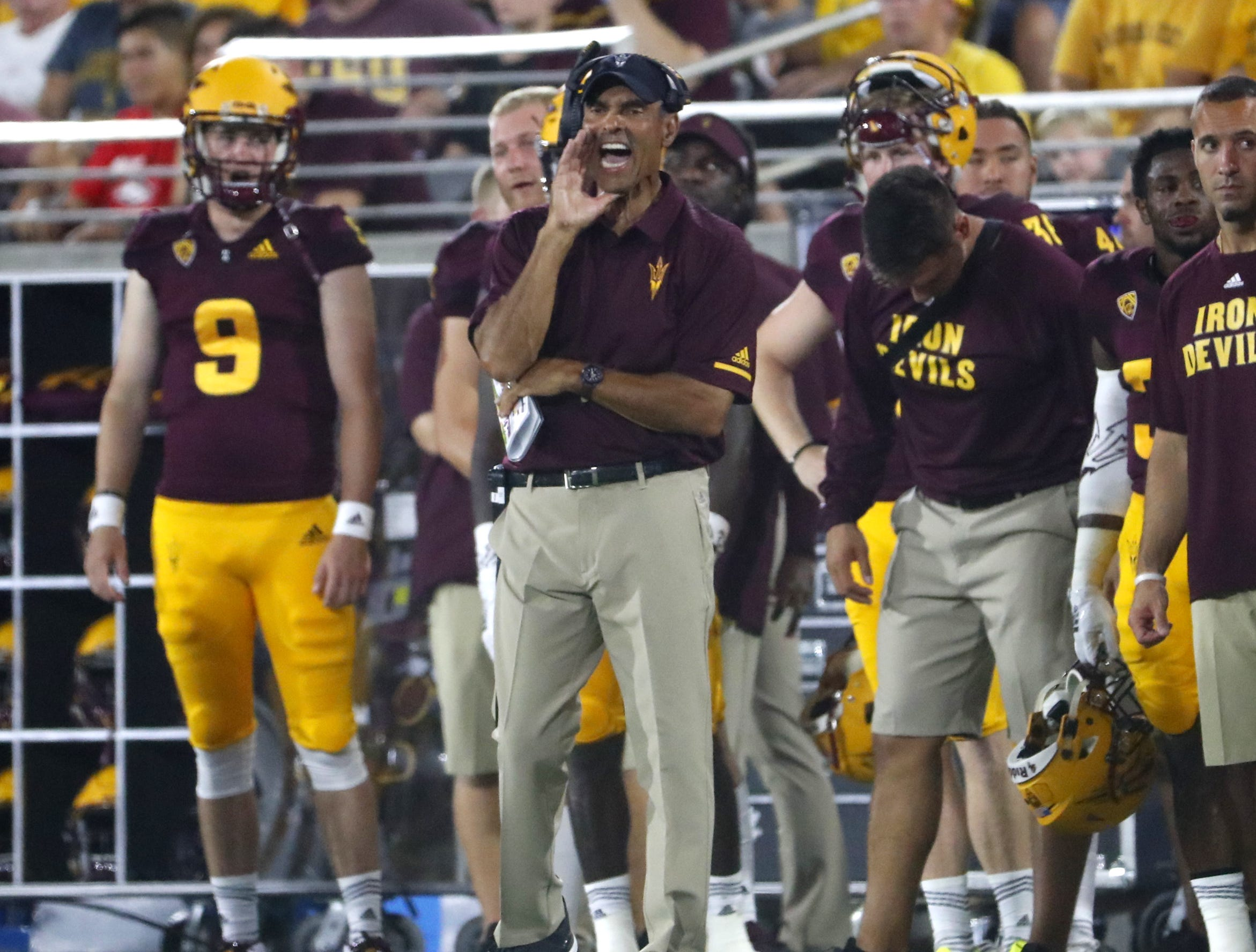 Arizona State Sun Devils head coach Herm Edwards yells to his team from the sidelines during the first half at Sun Devil Stadium in Tempe, Ariz. on Sept. 1, 2018.