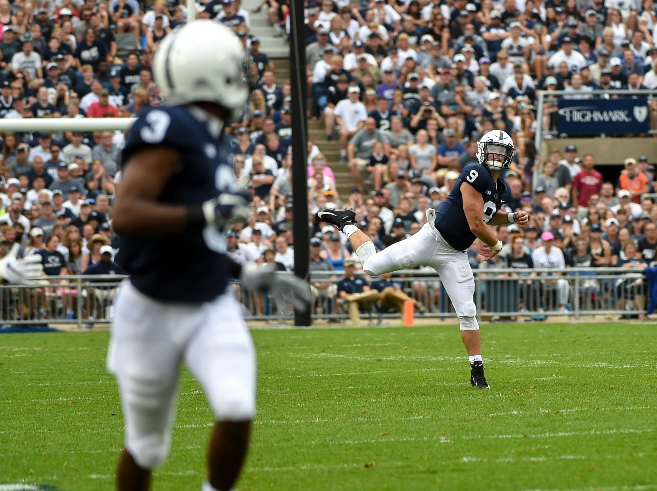 Tace McSorley (9) rockets a pass down field to DeAndre Thompkins (3) during the Penn State game against Appalachian State on September 1.