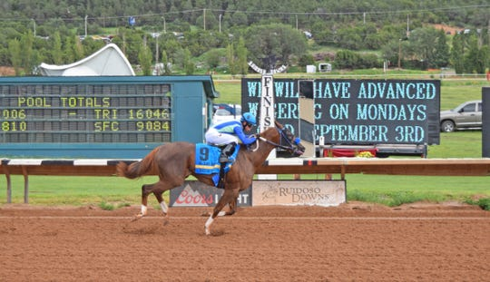 El Paso owned African Heat won a New Mexico-bred stakes race on Sunday in Ruidoso for El Paso owners Judy and Kirk Robison.