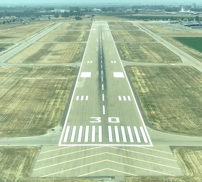"""Two pilots have said an explained """"pulling"""" forced their planes down in Tulare County."""