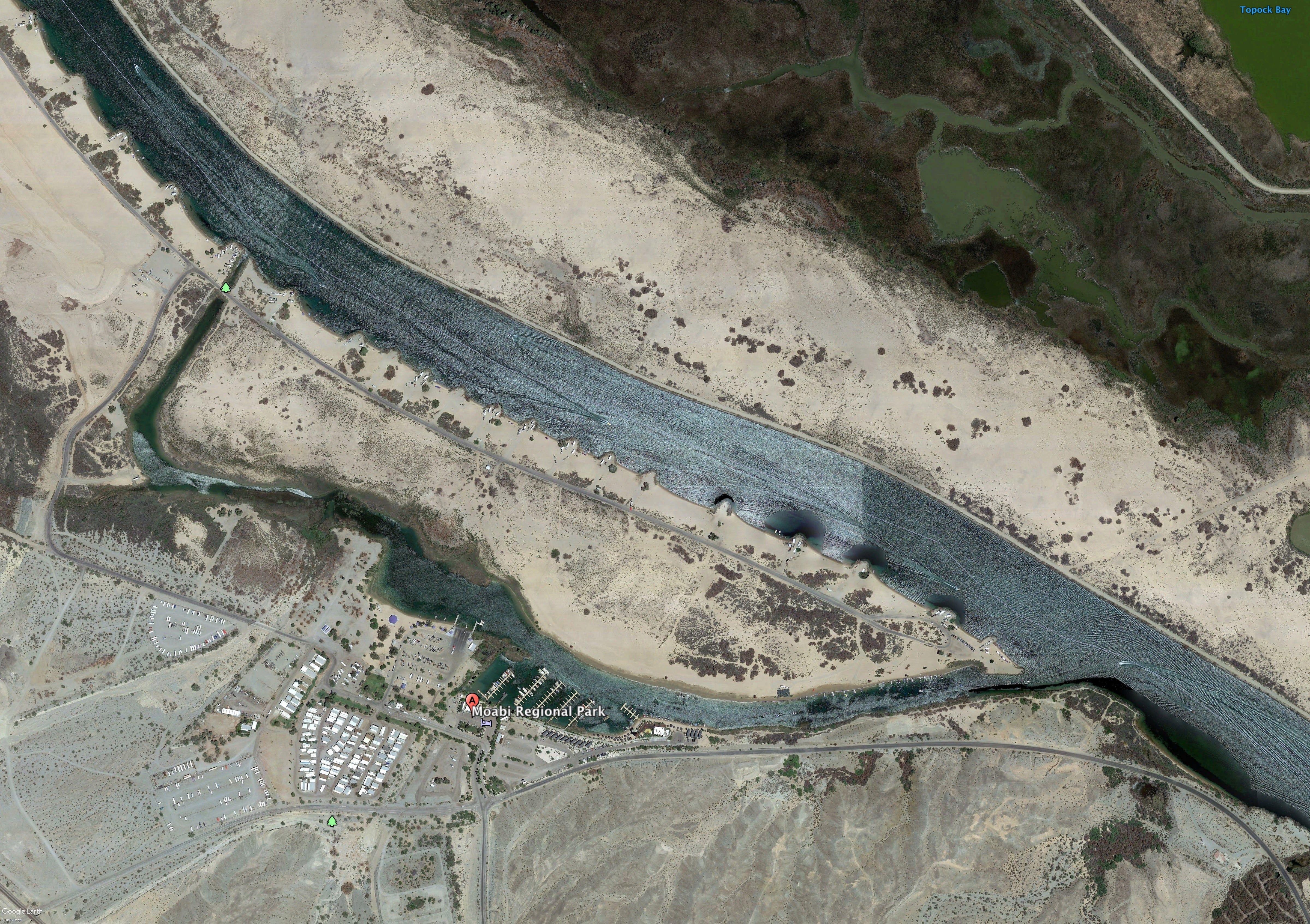 Two presumed dead, 13 injured in Colorado River boat crash