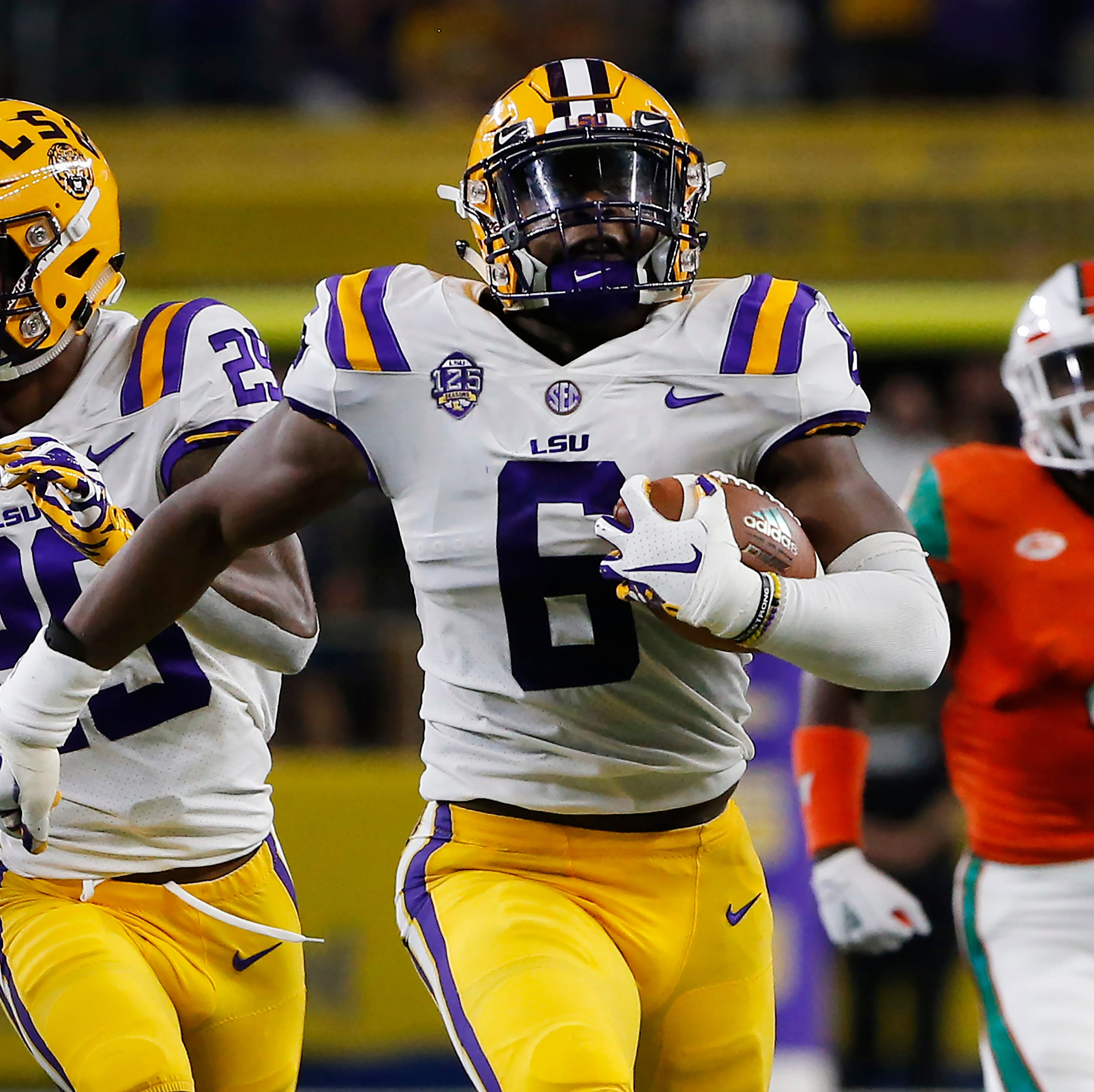 Sunday's college football: No. 25 LSU drills No. 8 Miami