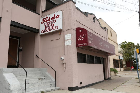 "20022972A  09/29/16  Hackensack, NJ:  ""Old Restaurants"" Lido Restaurant at 701 Main St., Hackensack,"