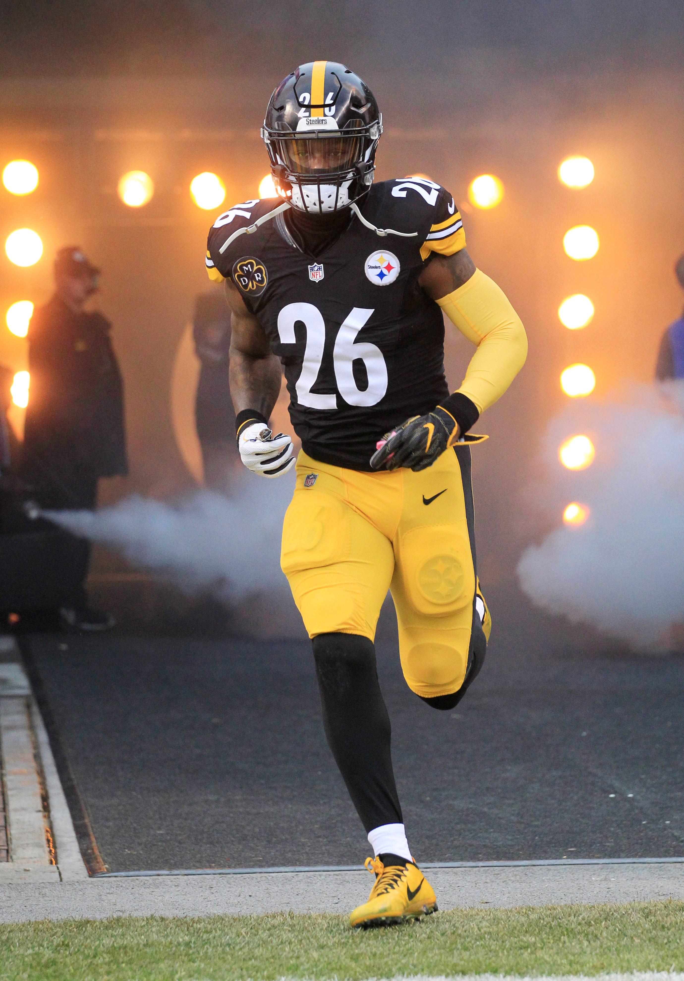 Steelers 'disappointed' with LeVeon Bell's absence from team ahead of Week 1