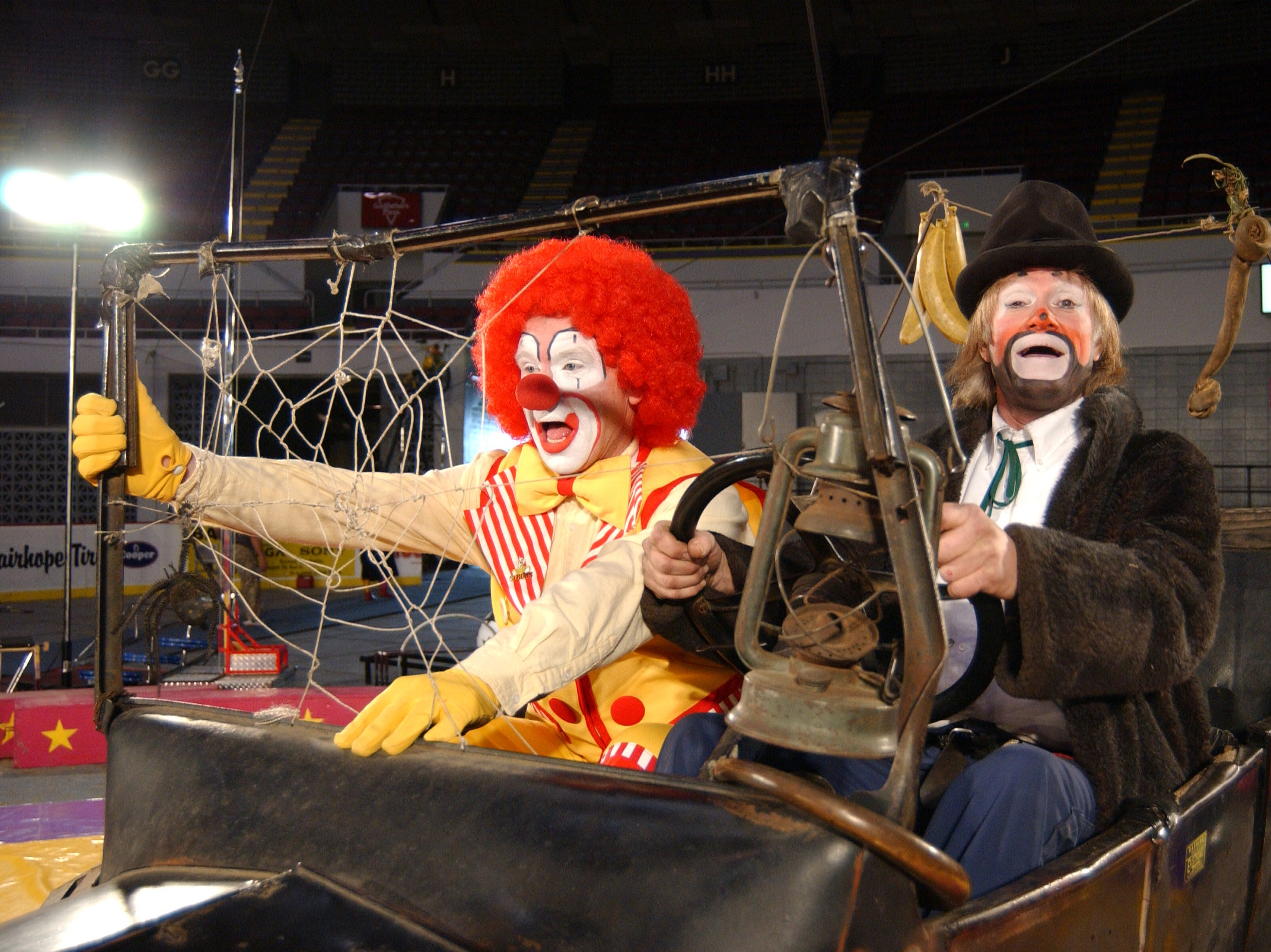 The Garden Bros. Circus performs in Beeville on Friday.
