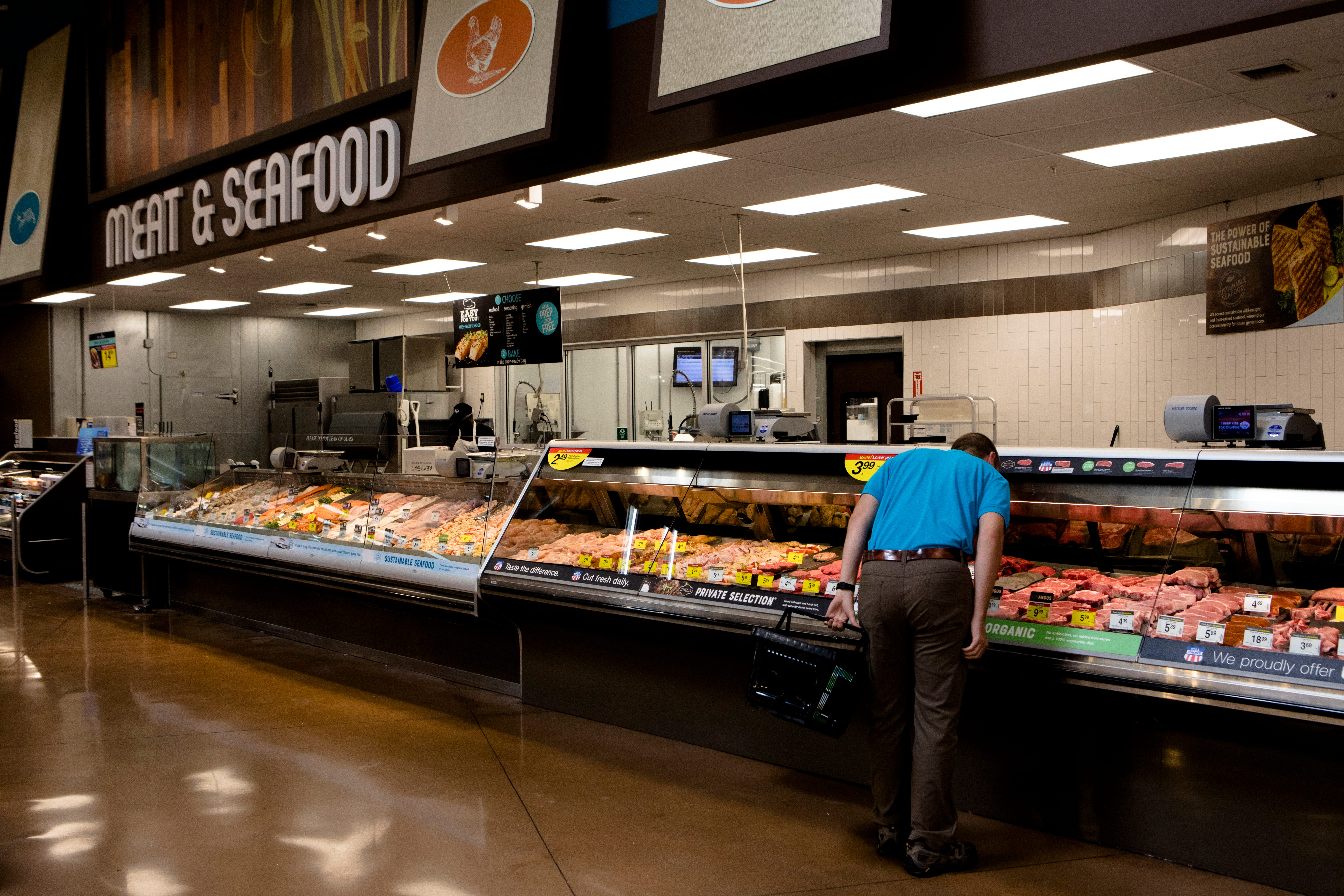 Coronavirus Kroger Shifts Meat Seafood And Deli Help To Focus On Shelves Salad Bars Close Thousands of products available for delivery from kroger. cincinnati enquirer
