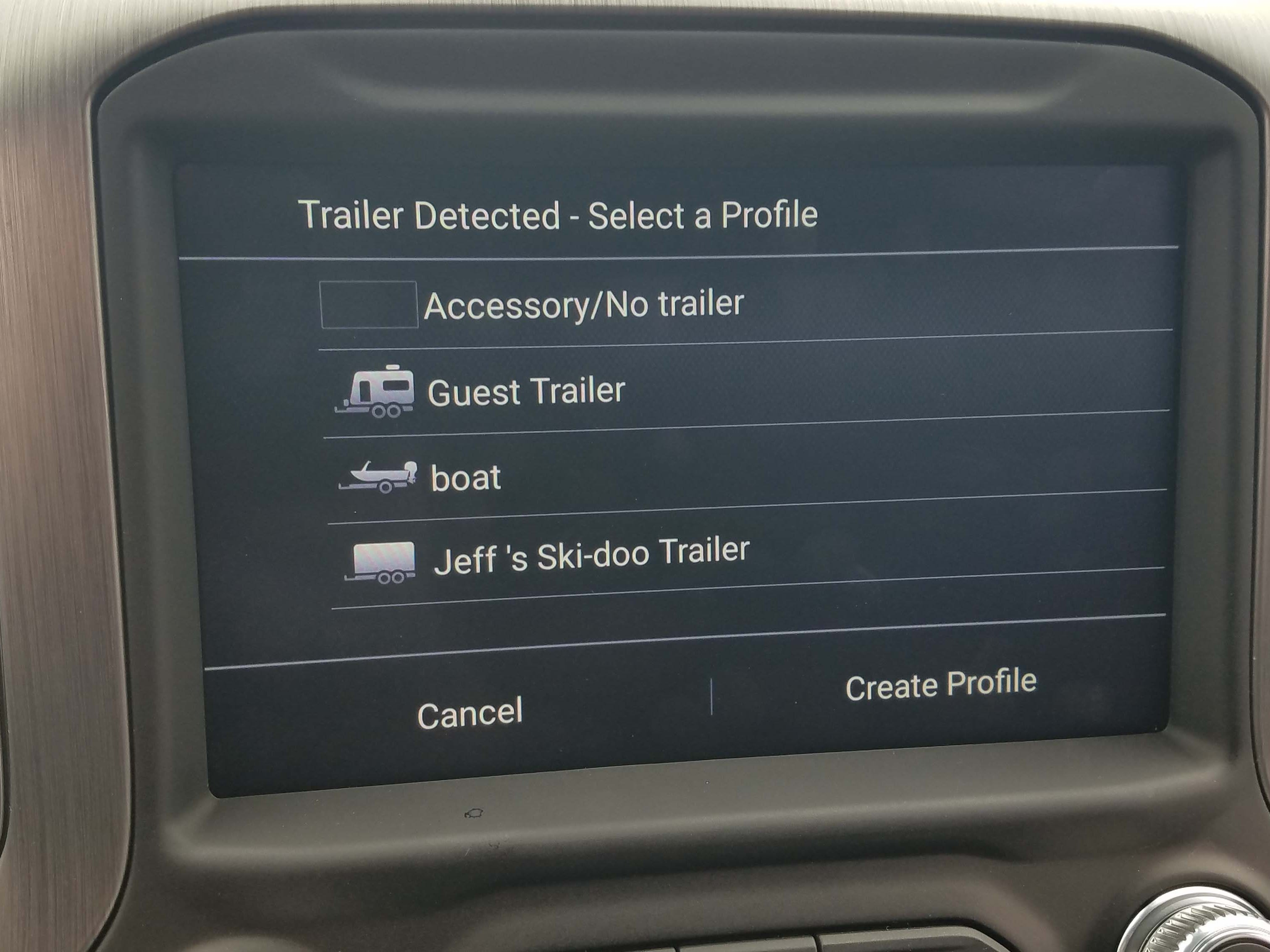 The 2019 GMC Sierra features an in-screen app for configuring your own trailer.