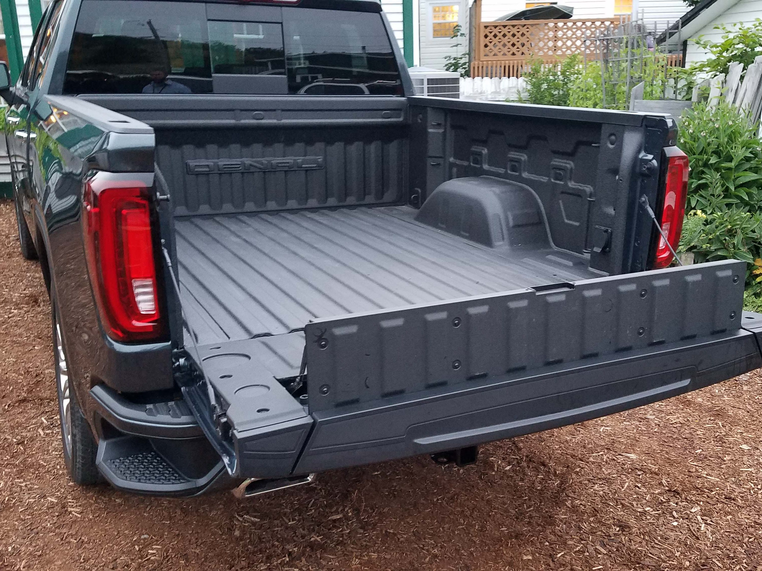 GMC Sierra MultiPro tailgate, Step 4: With the full gate open, the inner-gate shelf can again be propped open to create a lower load stop. For large loads with the truck, I preferred the taller load-stop so I could put the heavy stuff in the bed of the truck and then long, load-stopped boards on top of them.