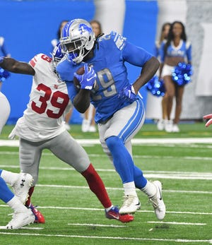 Running back LeGarrette Blount was brought in to bolster the Lions' short-yardage attack.