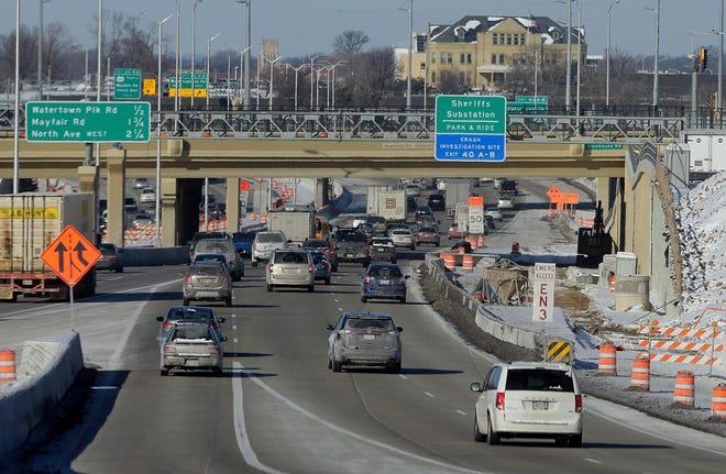 Vehicles travel northbound on I-41 in Milwaukee.