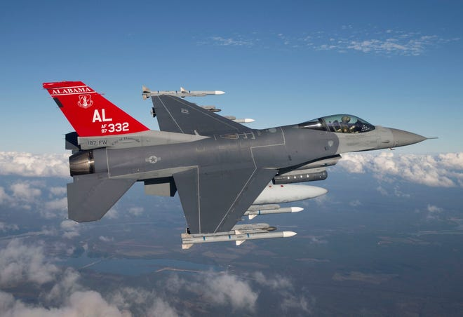 Alabama ANG 100th Fighter Squadron Red Tail F-16D