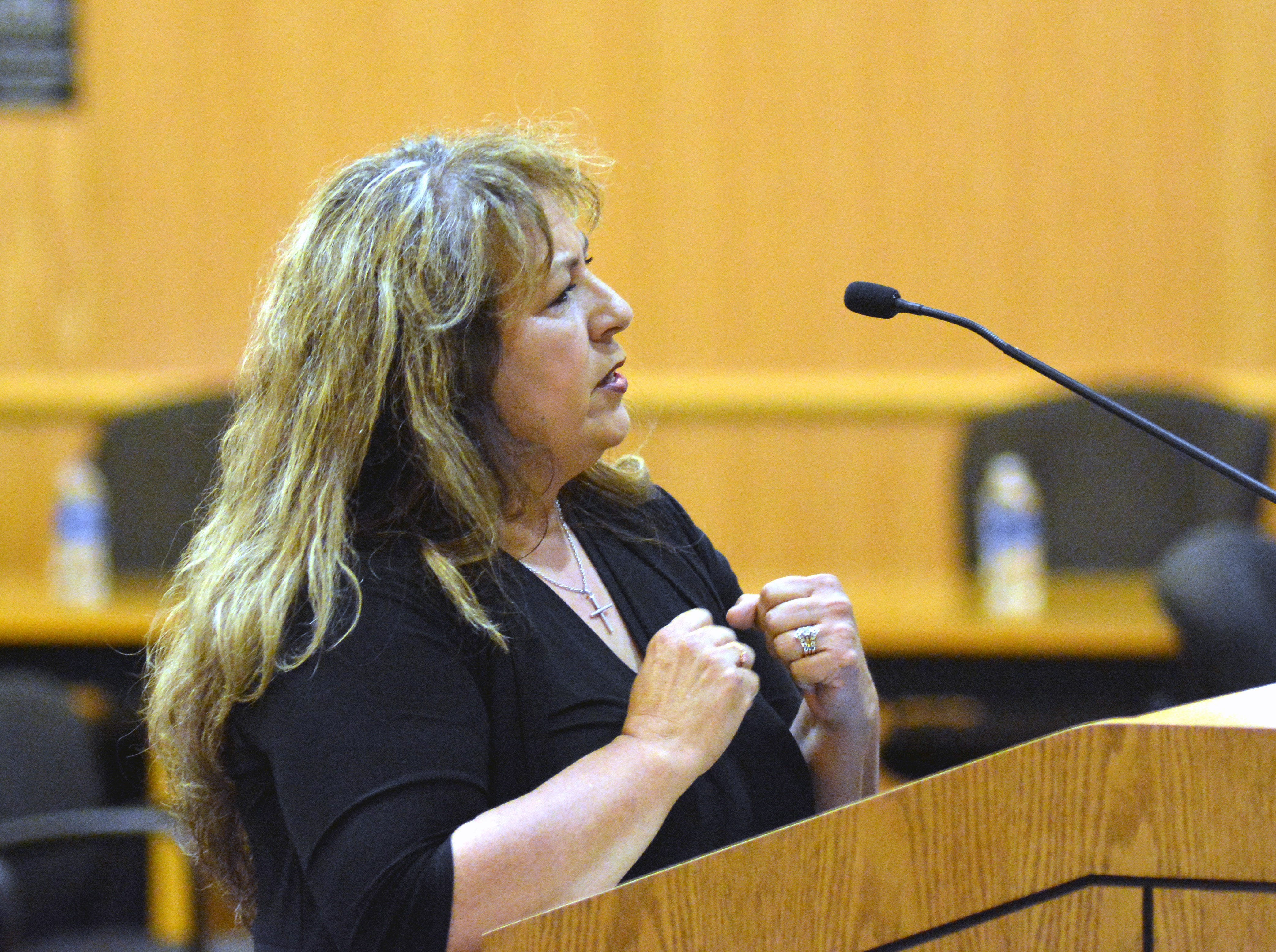 Lucy Garcia tells commissioners she would prefer ballots not include a straight-party option at a Doña Ana County Commission special meeting Tuesday, Sept. 4, 2018.