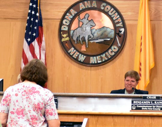 Doña Ana County Commission Chairman Ben Rawson listens to residents voice their opinions on straight-party voting during a special meeting Tuesday, Sept. 4, 2018 at the county government center in Las Cruces.