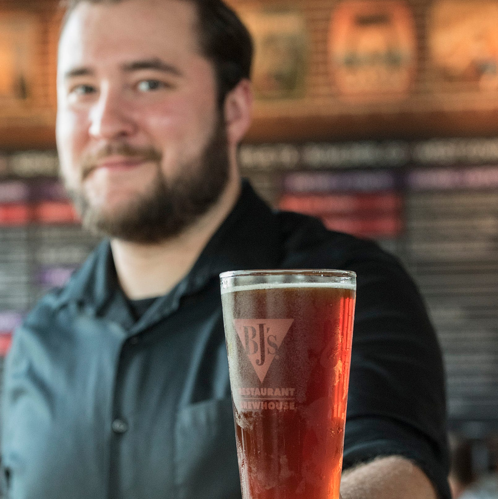 BJ's Restaurant & Brewhouse opens in Livonia to big crowds