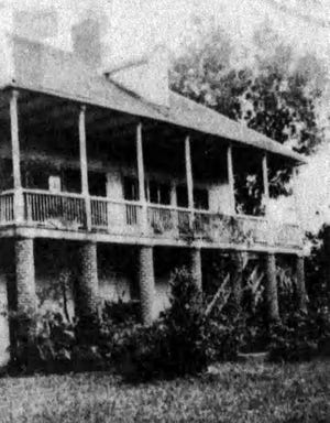 Ringrose Plantation in Opelousas in the early 1900s. Today, this place is called the Michel Prudhomme Home