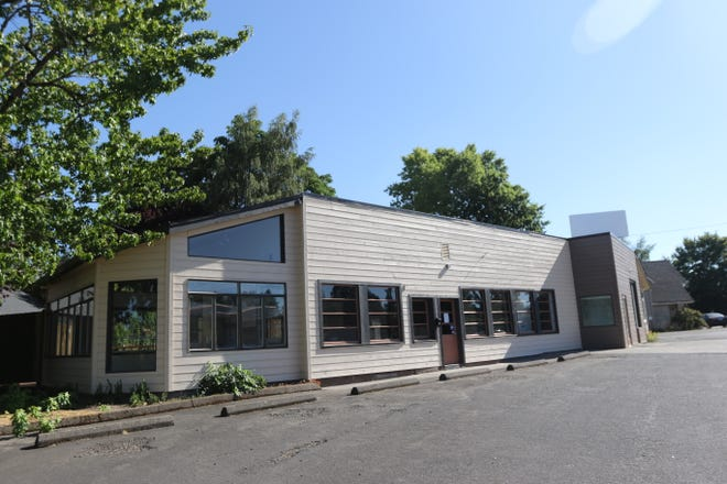 1208 SW Baker Street in McMinnville is on its way to becoming Mezcal Sabores de Mexico, a new restaurant from Jim and Laura Fernandez.